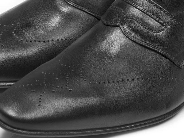 سمبه کاری دستی روی کفش چرم تبریز مدل فرانسوی