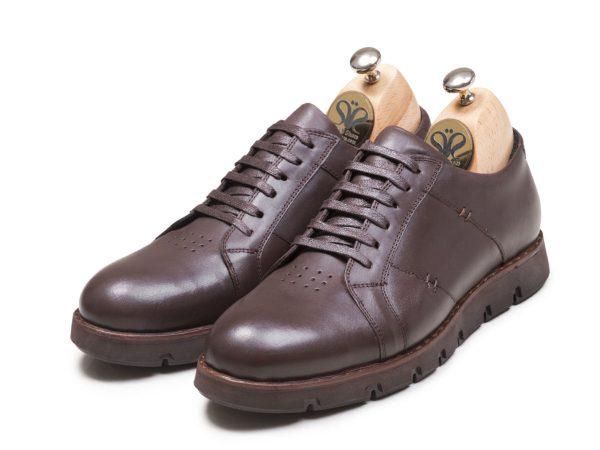 عکس مدل کفش اسپرت مردانه رنگ قهوه ای فورتیس