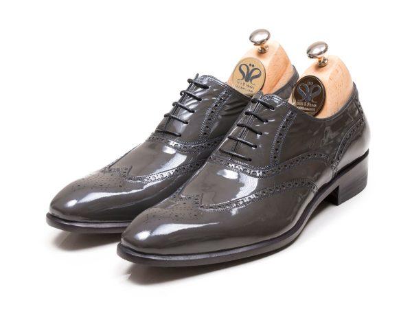عکس مدل کفش دامادی دستدوز آذین ورنی طوسی