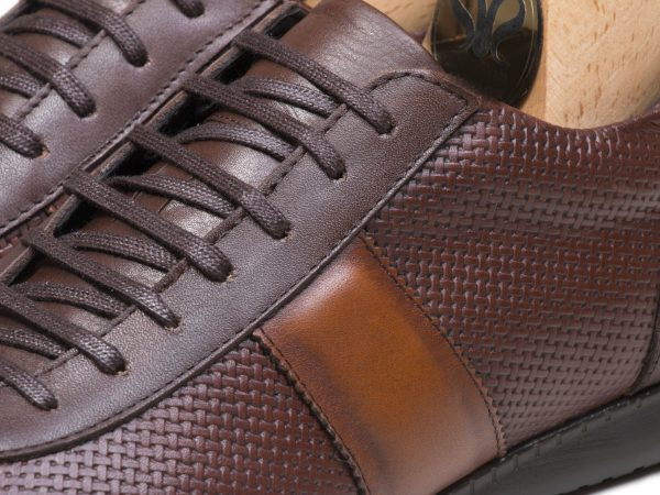 چرم مات کفش اسپرت مردانه مدل برنی رنگ قهوه ای