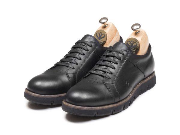 کفش اسپرت سیاه مردانه مدل فورتیس