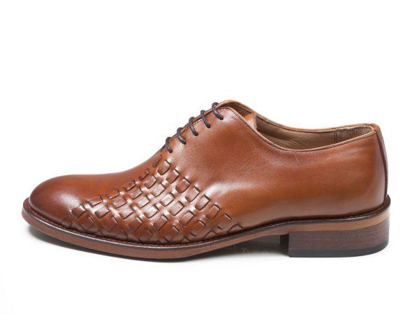 کفش مجلسی مردانه مدل دیبالا رنگ عسلی