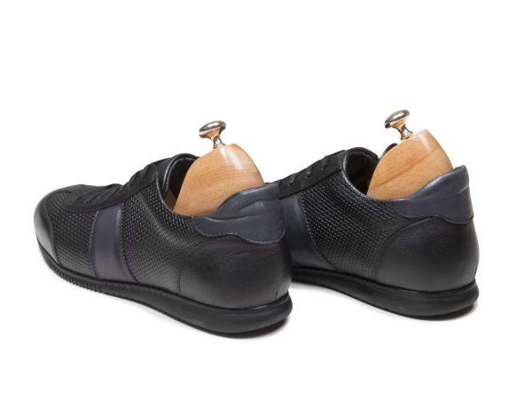 کفش مردانه اسپرت برای پیاده روی رنگ مشکی مدل برنی