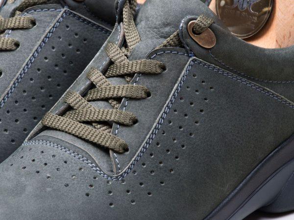 کفش اسنیکرز مردانه با چرم نابوک حوله ای مدل لسکون