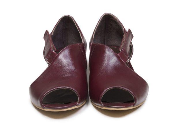 کفش جلوباز تابستانی دخترانه مدل بیندا زرشکی